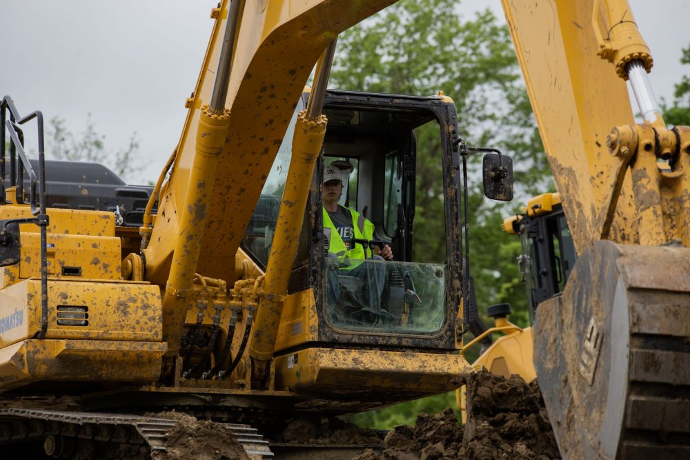 heavy equipment operator career